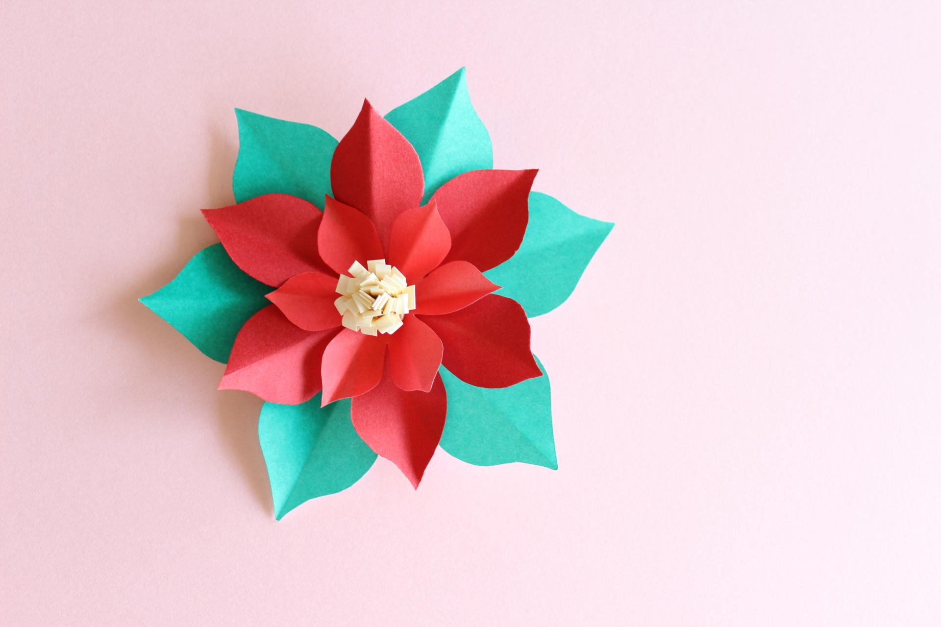 折り紙でポインセチアの作り方