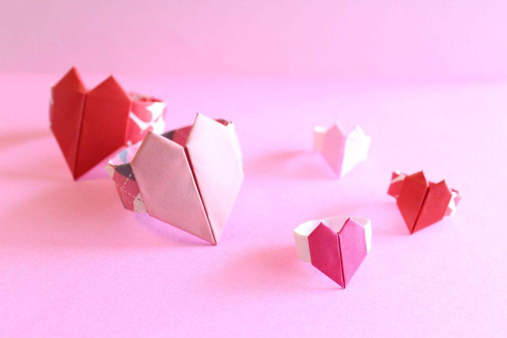 折り紙でハートの指輪の作り方