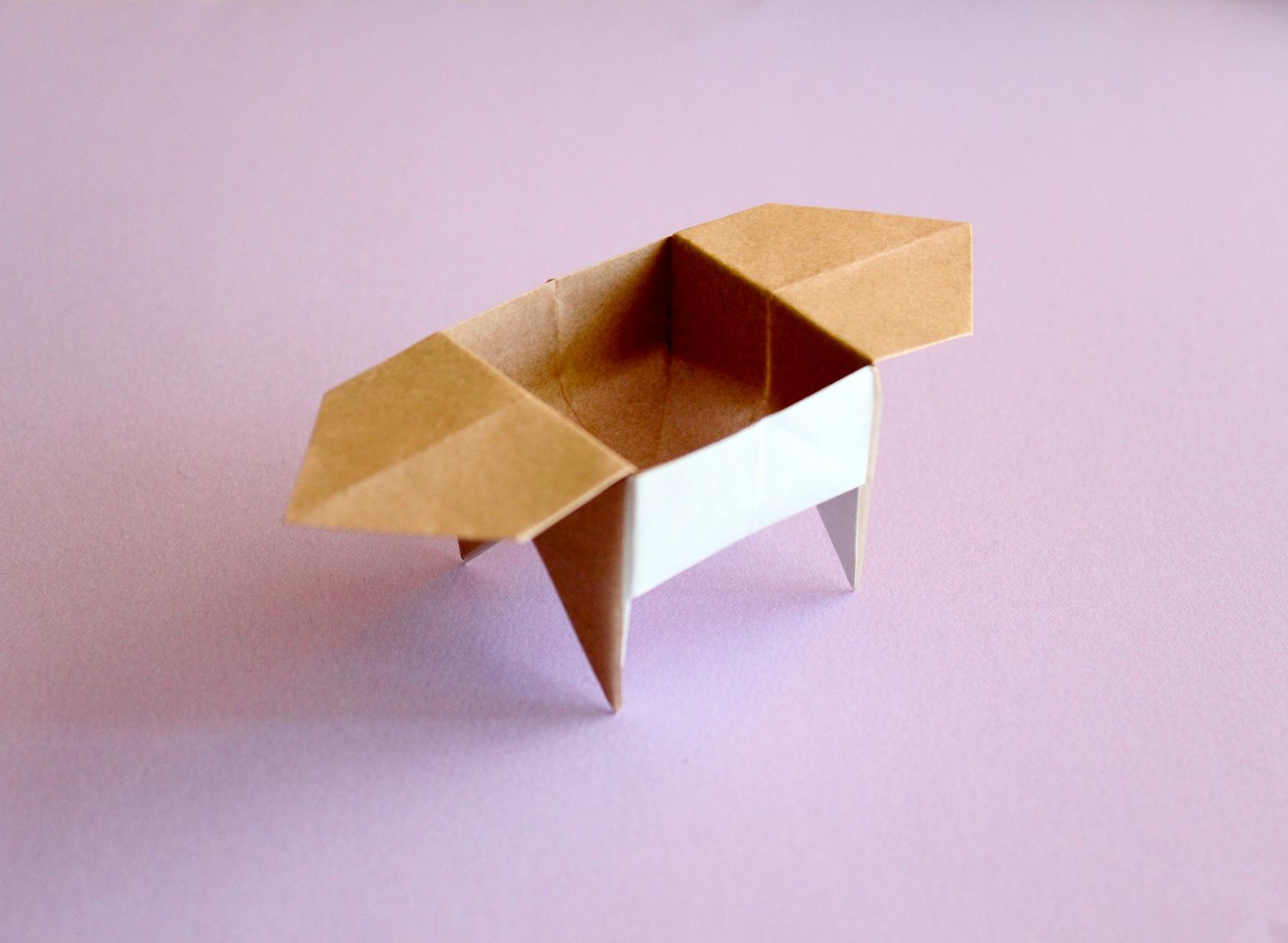 折り紙で足つき三方の折り方