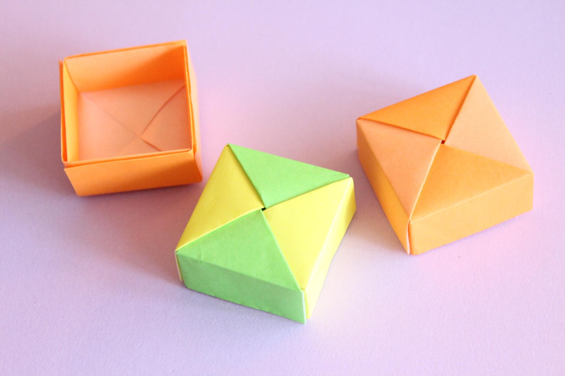 ユニット折り紙で箱の折り方