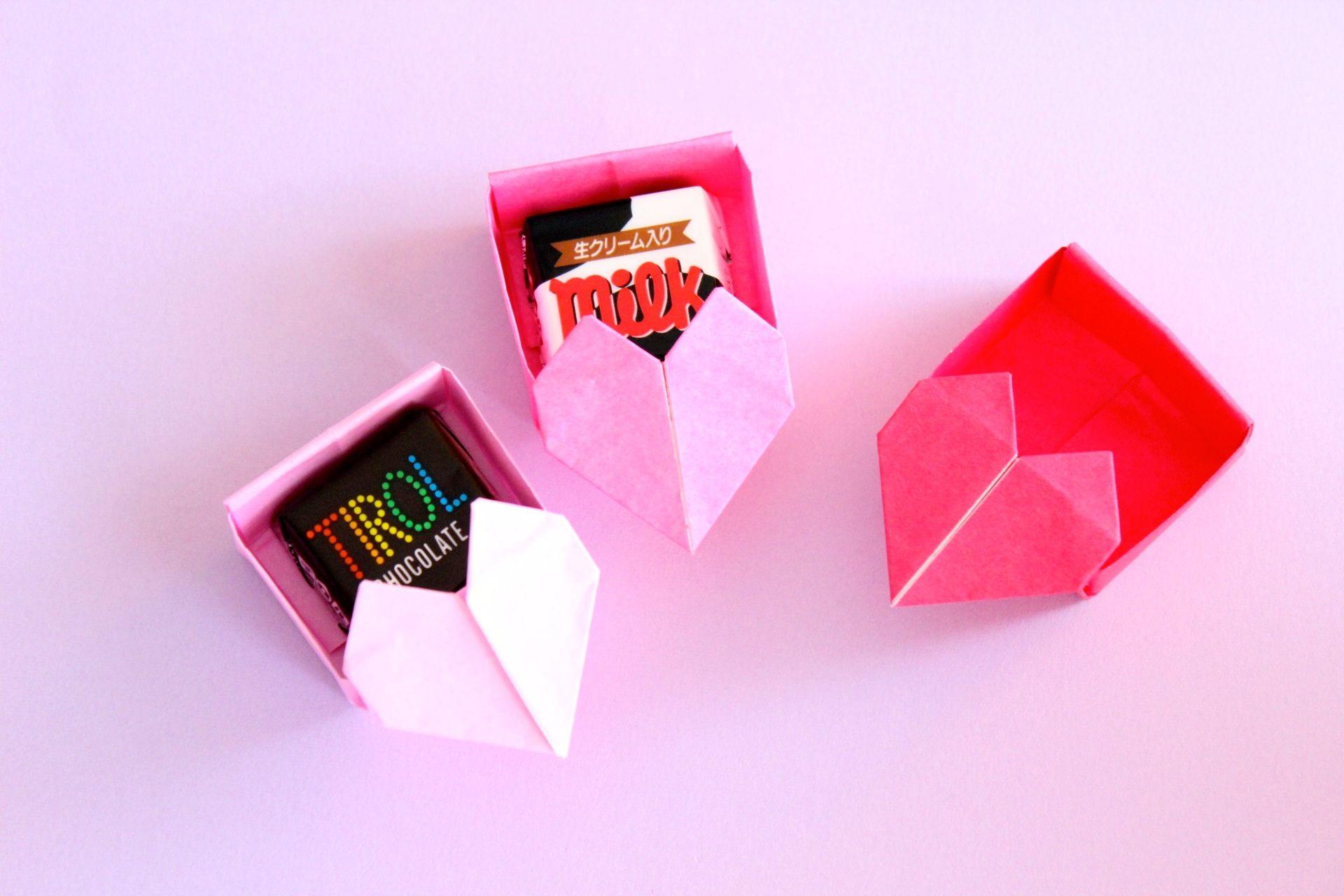 折り紙でハートの箱の折り方