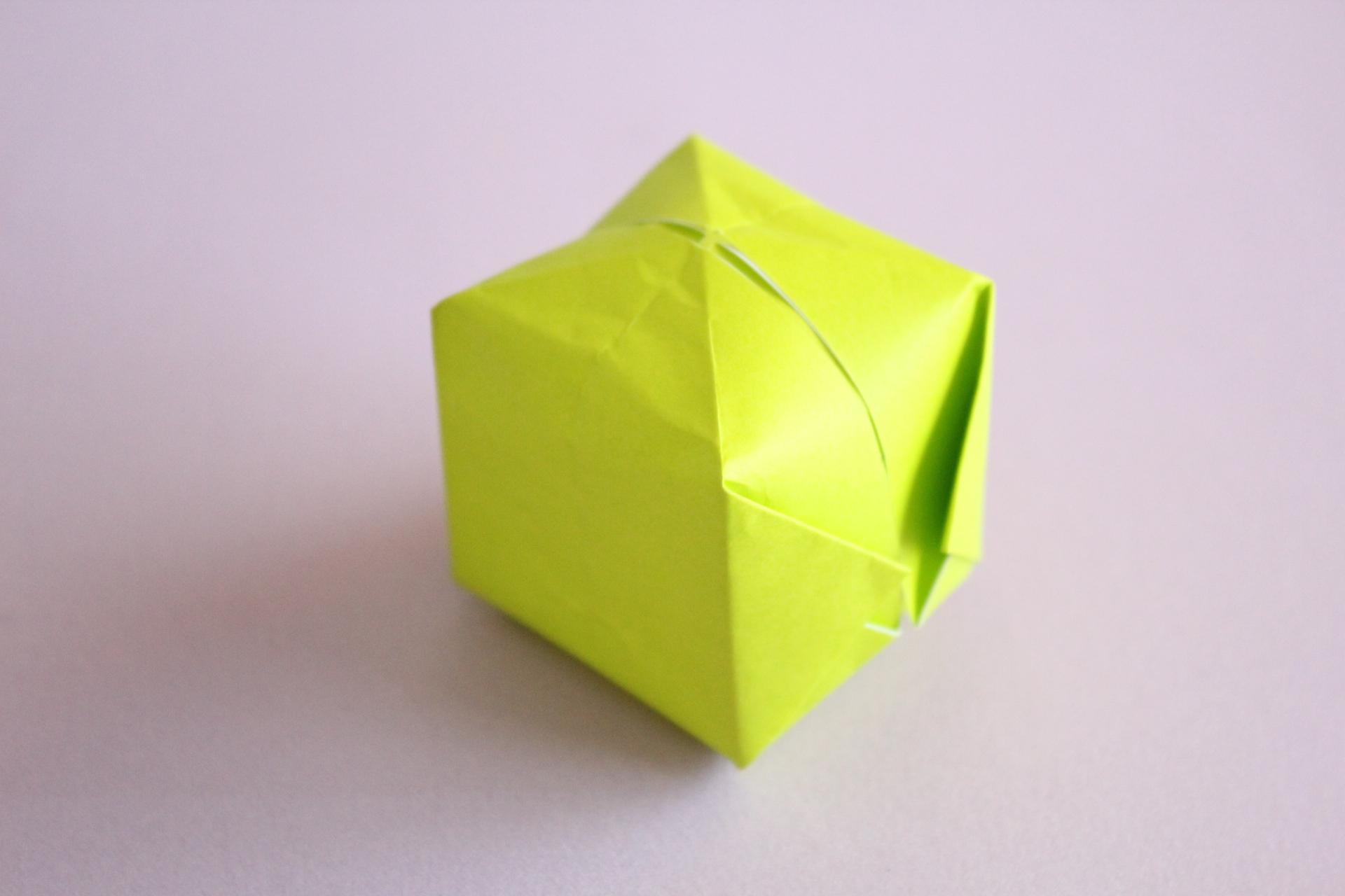 折り紙風船の折り方
