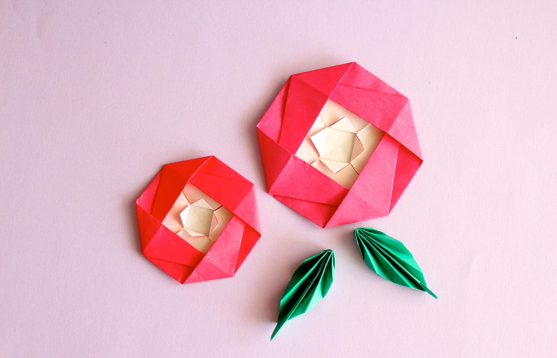 椿の折り紙