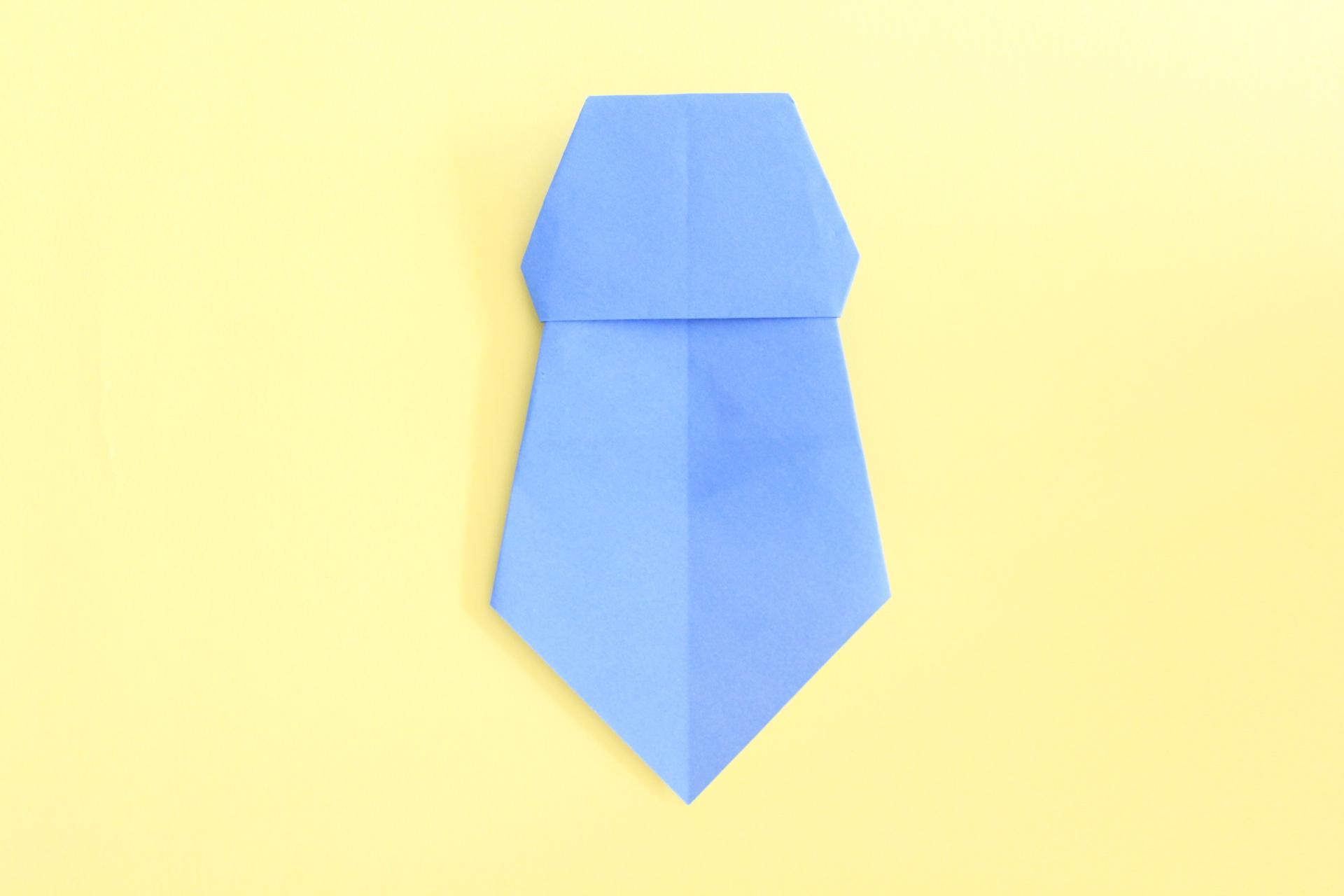 ネクタイの完成