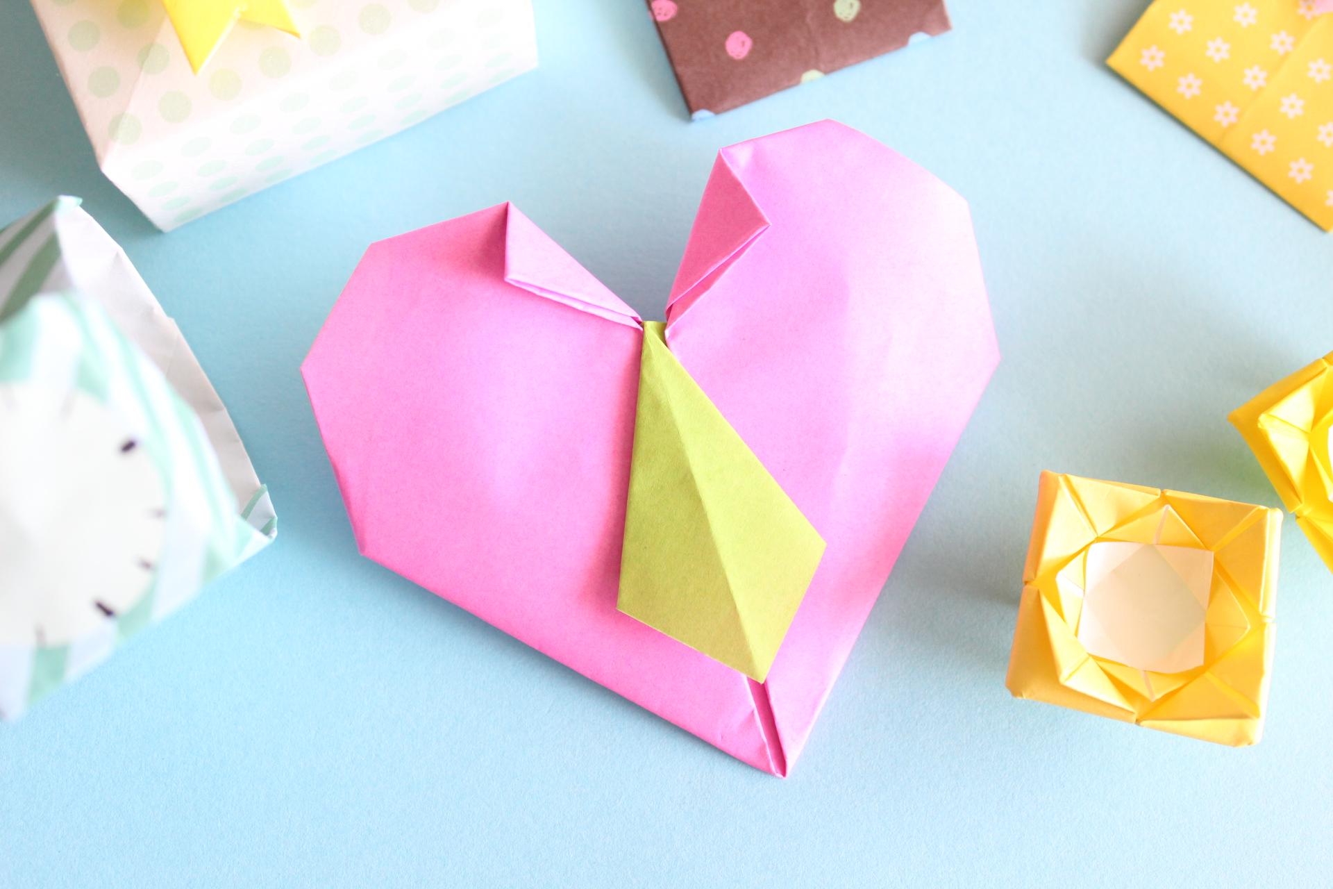 折り紙でネクタイハートの折り方