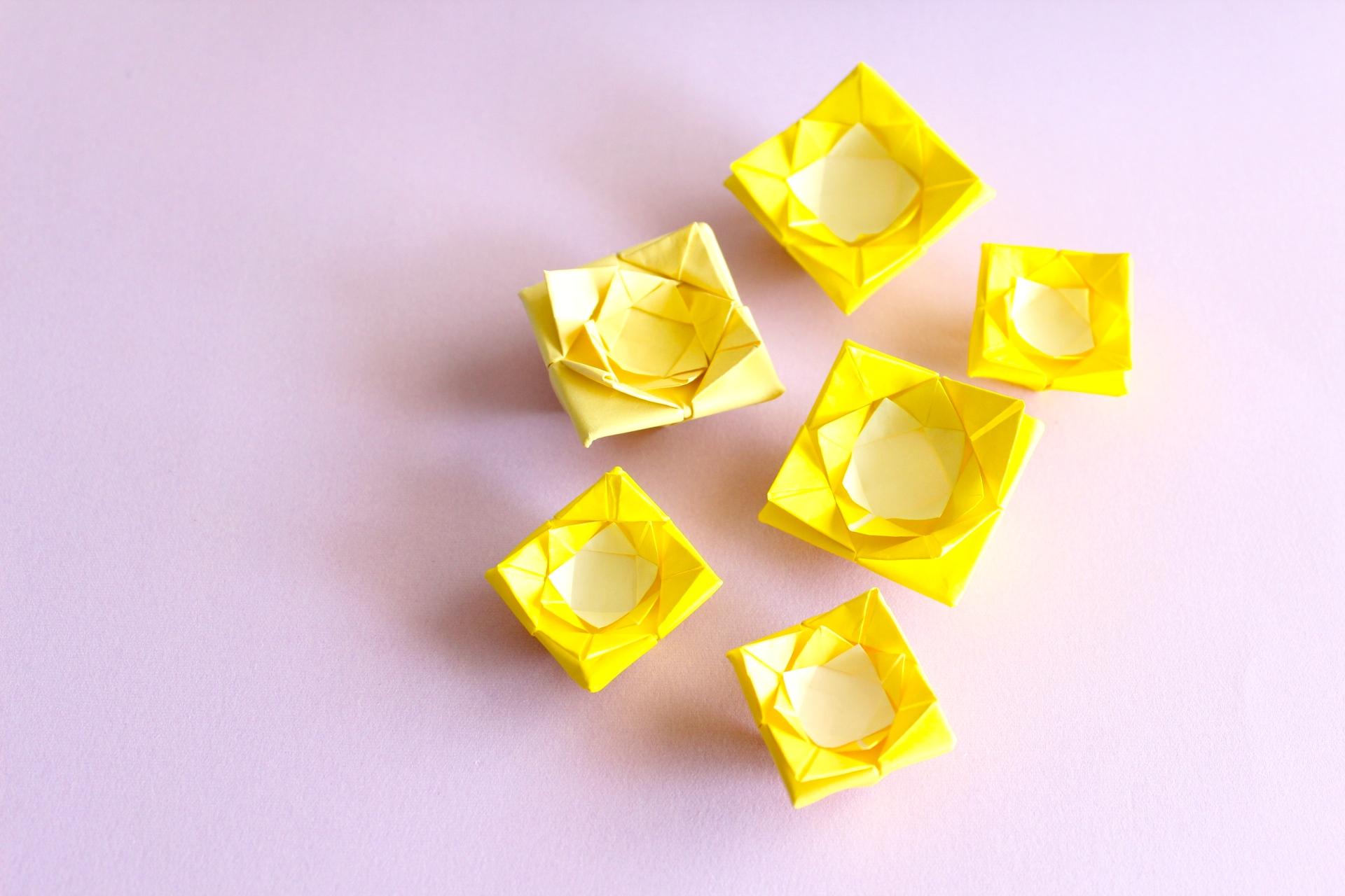 折り紙でバラの折り方